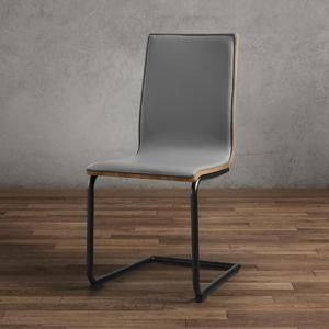 Stolička Manu